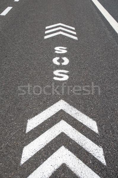 Sos emergência auto-estrada assinar direção Foto stock © rmarinello