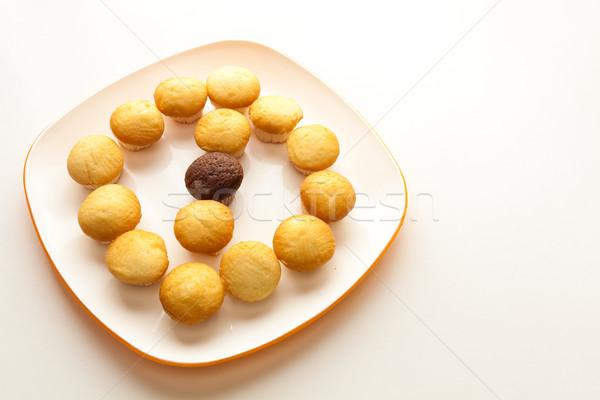 Lezzetli sarı çikolata çörek Stok fotoğraf © robinsonthomas
