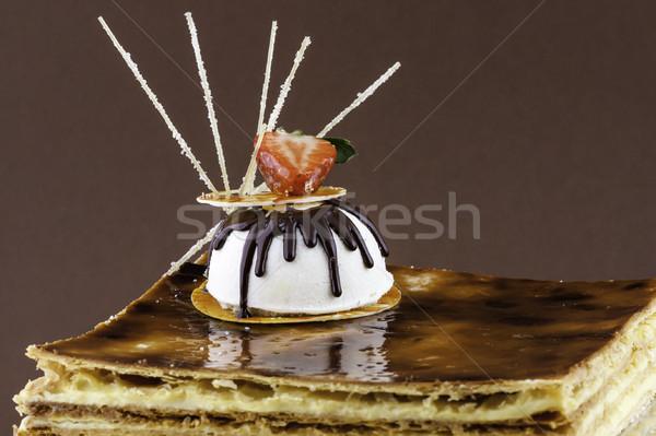 Kare kahve kek çilek vanilya yaprak Stok fotoğraf © robinsonthomas