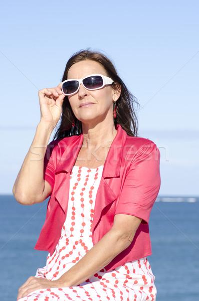 成熟した女性 幸せ 海 孤立した 肖像 魅力的な ストックフォト © roboriginal