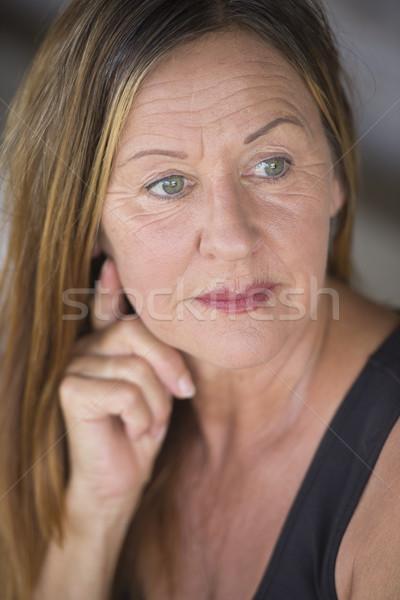 Ciddi olgun kadın portre çekici Stok fotoğraf © roboriginal