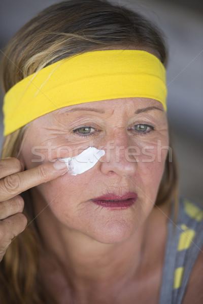 Cuidados com a pele mulher madura retrato saudável caber Foto stock © roboriginal