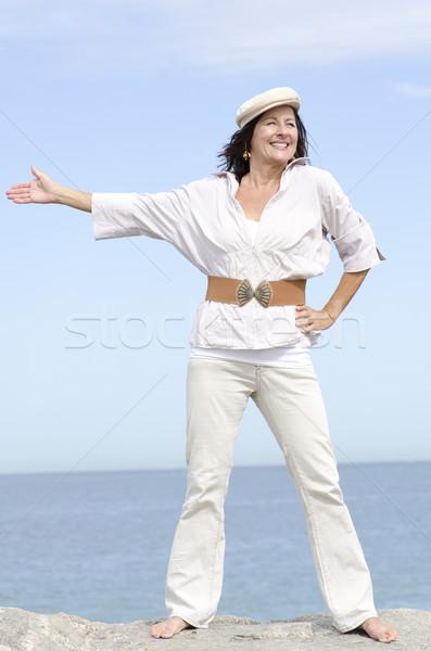 成熟した女性 海 肖像 魅力的な 立って ストックフォト © roboriginal