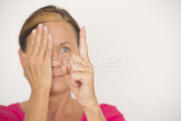 ぼやけた 女性 視力 フォーカス テスト 肖像 ストックフォト © roboriginal