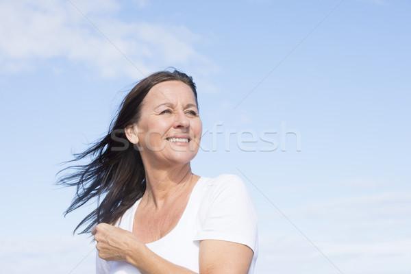 Geschikt gezonde gelukkig volwassen gepensioneerd vrouw Stockfoto © roboriginal