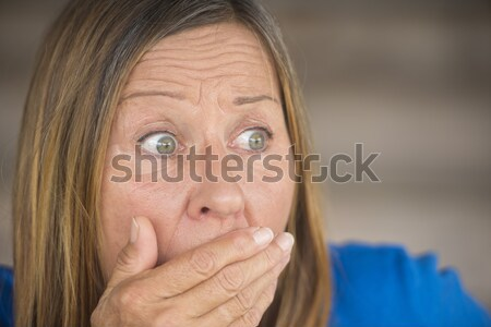 Zdenerwowany niespokojny portret kobiety portret atrakcyjny Zdjęcia stock © roboriginal