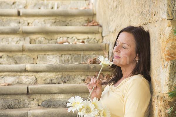 Romantique amour fleur portrait séduisant Photo stock © roboriginal