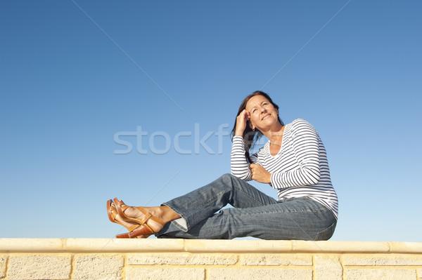 Сток-фото: улыбающаяся · женщина · Открытый · портрет · красивой