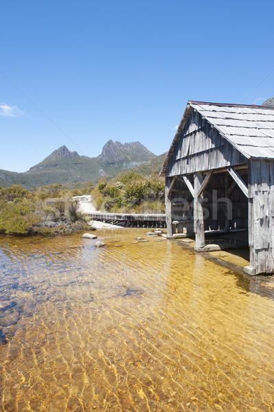 Historyczny łodzi kołyska górskich tasmania sceniczny Zdjęcia stock © roboriginal