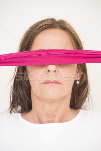 Portret rijpe vrouw geblinddoekt aantrekkelijk Stockfoto © roboriginal