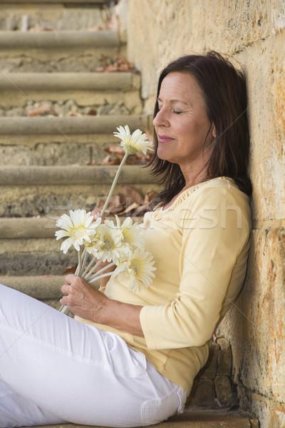 Séduisant amour fleur portrait belle Photo stock © roboriginal
