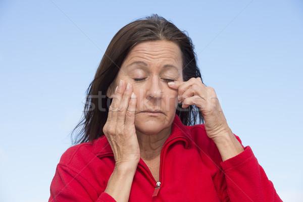 Yorgun bitkin olgun kadın portre çekici Stok fotoğraf © roboriginal