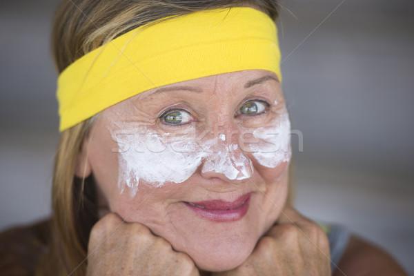 Mujer madura retrato encajar activo atractivo protector solar Foto stock © roboriginal