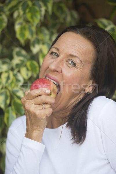 счастливым еды яблоко портрет красивой Сток-фото © roboriginal