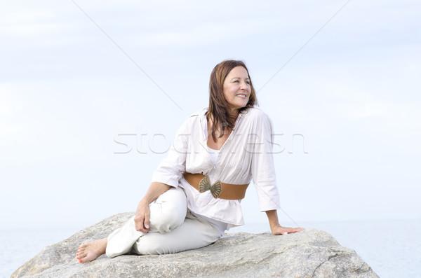 Olgun kadın dostça açık yalıtılmış portre Stok fotoğraf © roboriginal