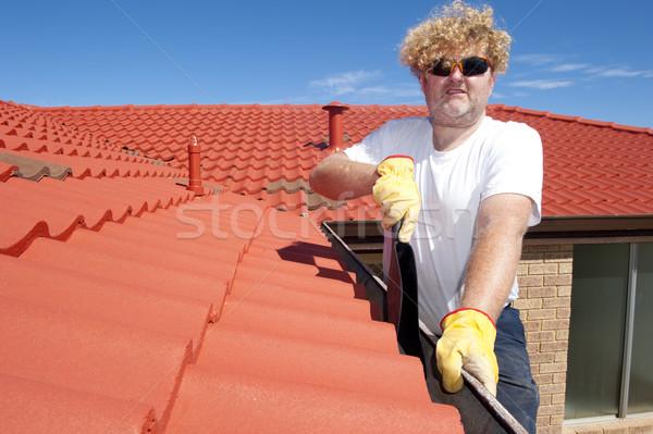 Stockfoto: Man · seizoen- · goot · schoonmaken · Rood · dak