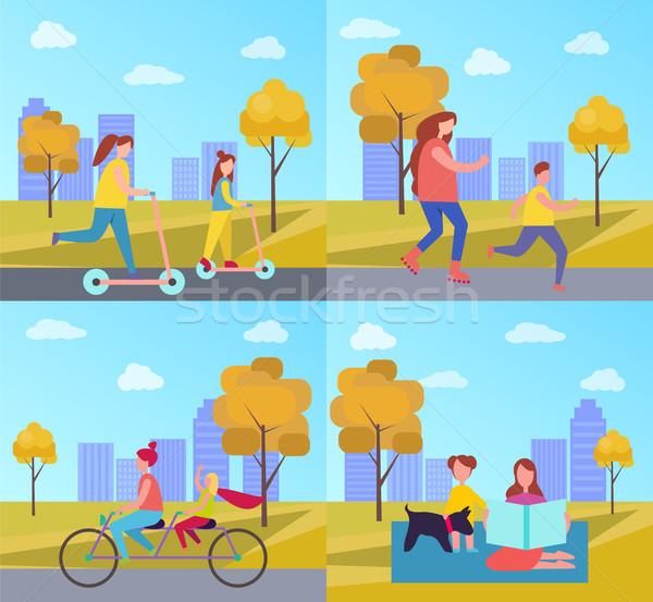 Zajęcia rodzinne parku jesienią skating rowerowe podwoić Zdjęcia stock © robuart