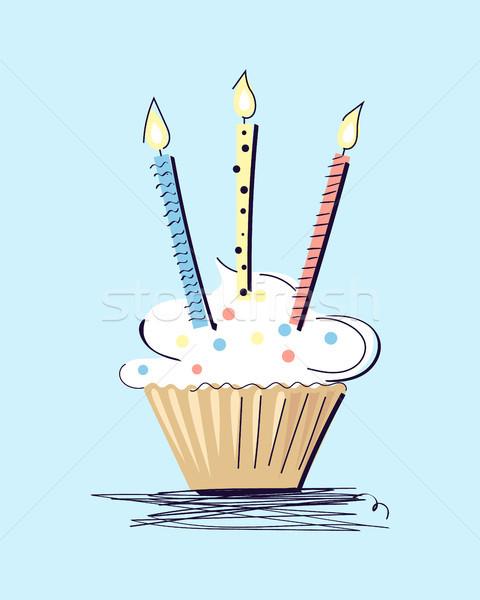 Gâteau bougies isolé bleu blanche aéré Photo stock © robuart