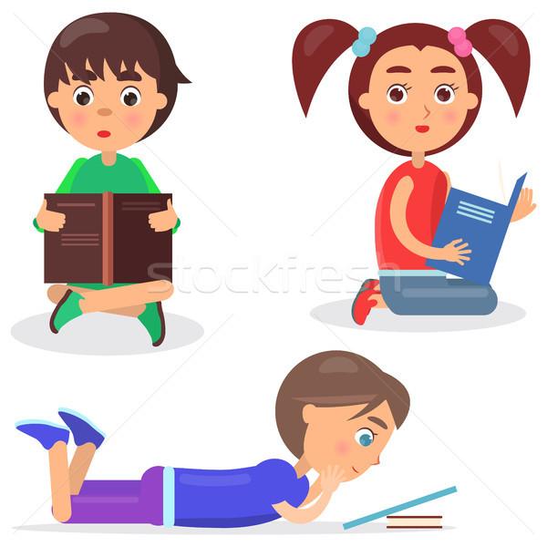 Stock fotó: Olvas · gyerekek · kedvenc · könyv · ül · padló