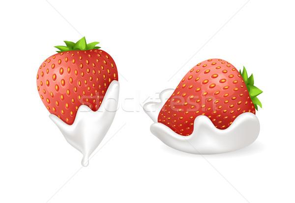 Smakelijk aardbeien vers slagroom ingesteld bes Stockfoto © robuart