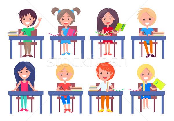 Set Schulkinder Sitzung isoliert weiß lächelnd Stock foto © robuart