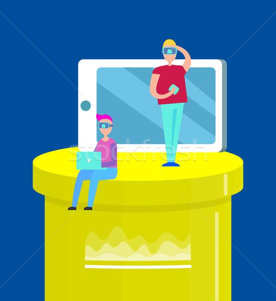 Alternatív valóság színes két férfi citromsárga oszlop Stock fotó © robuart