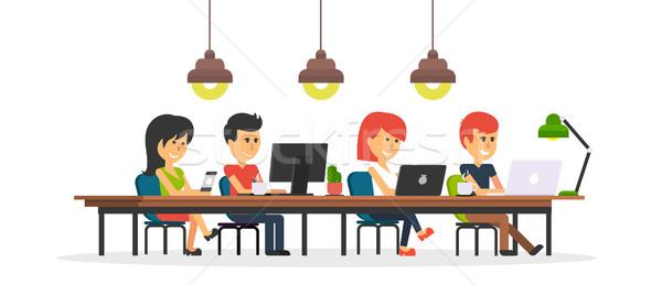 Personas trabajo oficina diseno mujer de negocios hombre Foto stock © robuart