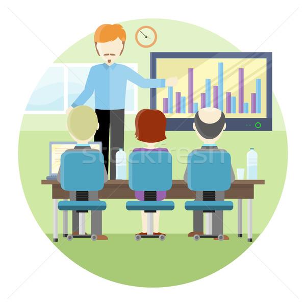 Wykładowca prezentacji niebieski shirt Zdjęcia stock © robuart