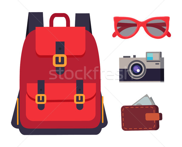Rugzak uitrusting zonnebril portemonnee vol Stockfoto © robuart