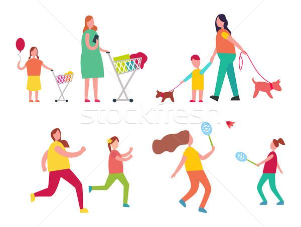 Anne çocuk faaliyetler alışveriş birlikte yürüyüş Stok fotoğraf © robuart