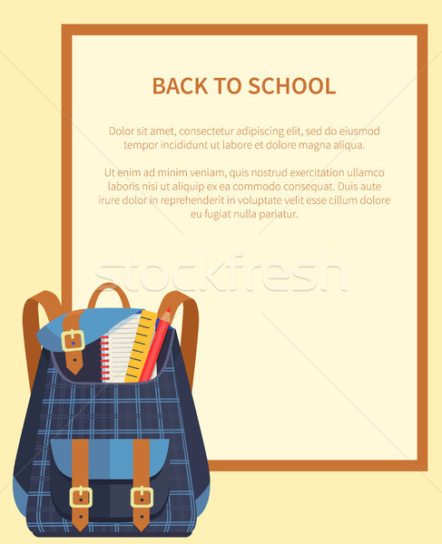 Foto stock: De · volta · à · escola · bandeira · lugar · texto · mochila · escuro