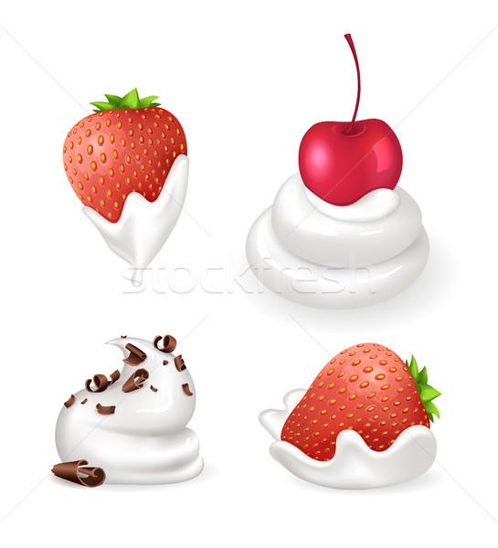 Dessert crema frutti di bosco panna montata cioccolato Foto d'archivio © robuart