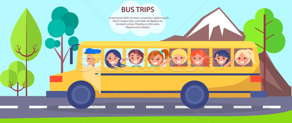 Citromsárga iskolabusz kicsi diákok poszter tele Stock fotó © robuart