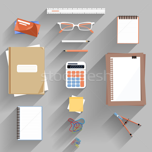 Foto stock: Calculadora · gobernante · papel · libro · página