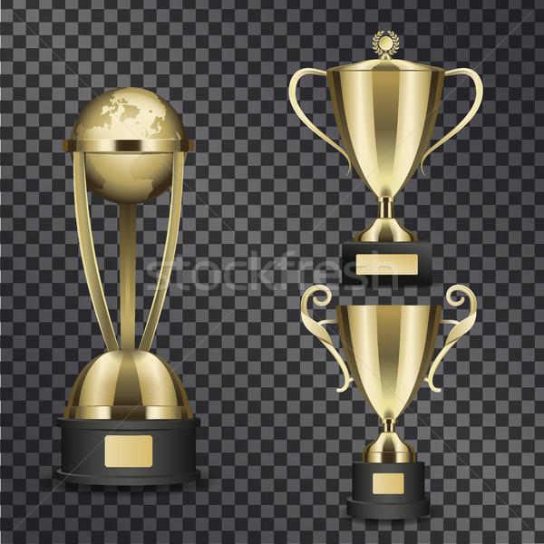 Błyszczący złota trofeum odizolowany Zdjęcia stock © robuart