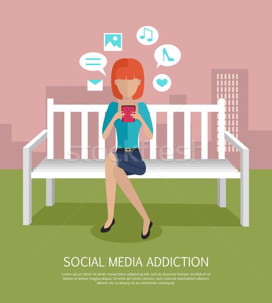 Médias sociaux dépendance bannière femme smartphone séance Photo stock © robuart