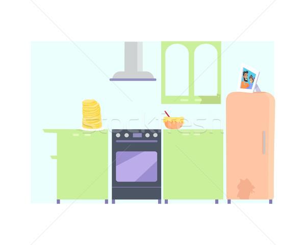 Mutfak iç mobilya mutfak fırın buzdolabı tablo Stok fotoğraf © robuart