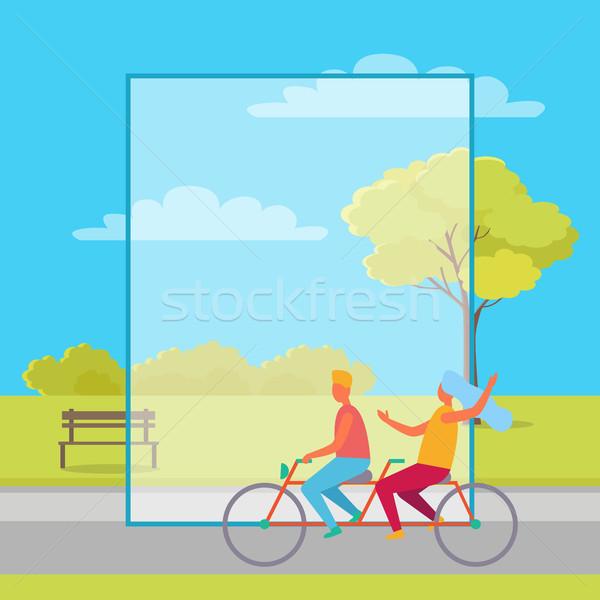 Paar paardrijden verdubbelen fiets zomertijd park Stockfoto © robuart