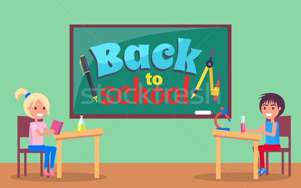 Stock fotó: Vissza · az · iskolába · felirat · írott · iskolatábla · poszter · irodaszer