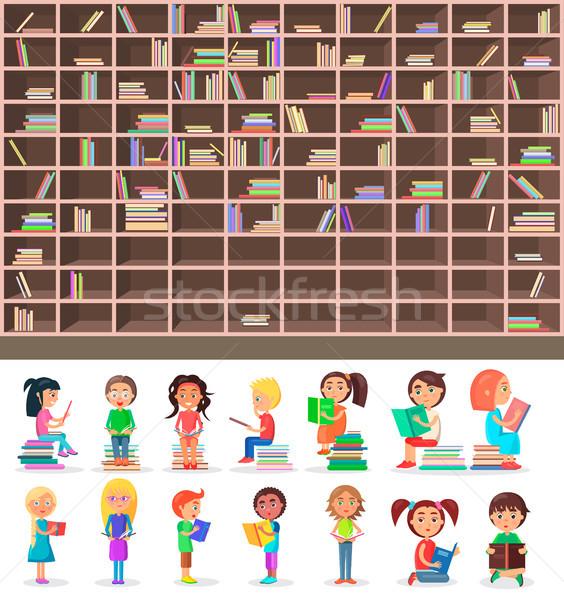 Grande biblioteca scaffale set legno libreria Foto d'archivio © robuart