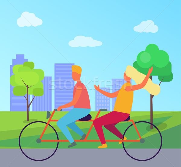 Paar paardrijden verdubbelen fiets zomer park Stockfoto © robuart