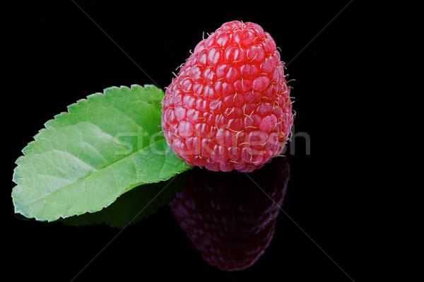 ラズベリー クローズアップ 黒 反射 食品 ストックフォト © rogerashford