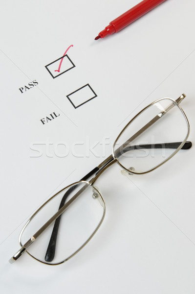 Verificar lista controle de qualidade exame vermelho Foto stock © rogerashford