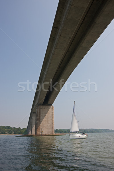яхта моста парусного автострада строительство путешествия Сток-фото © rogerashford