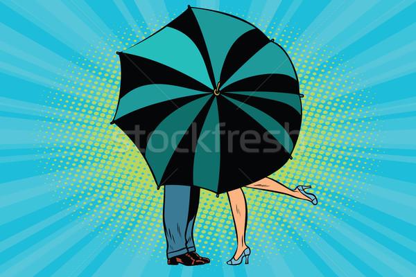 Stockfoto: Man · vrouw · zoenen · achter · paraplu · liefde