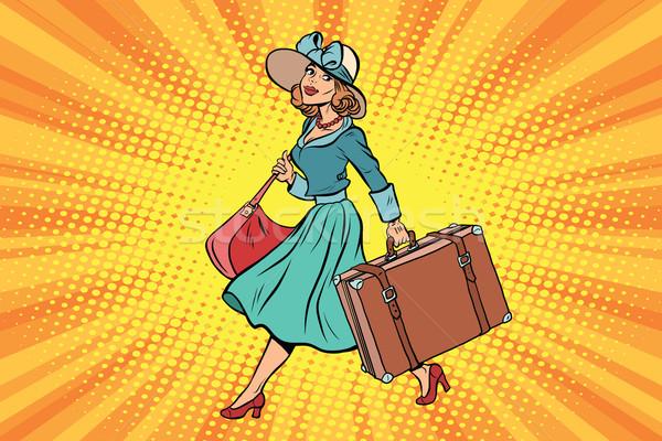 Retro gezgin kız bavul bağbozumu Stok fotoğraf © rogistok