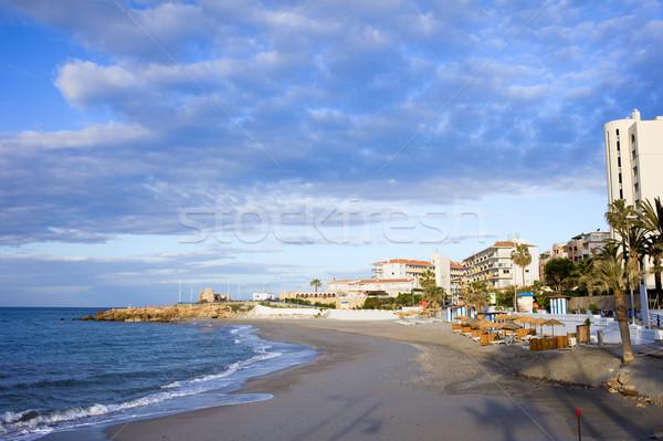 Tengerpart homokos tengerpart üdülőhely város mediterrán tenger Stock fotó © rognar