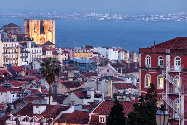 市 リスボン ポルトガル 黄昏 景観 家 ストックフォト © rognar