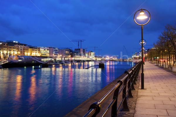 ダブリン 夕暮れ 遅い アイルランド 家 建物 ストックフォト © rognar