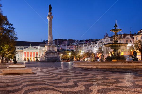 квадратный ночь Лиссабон Португалия колонки барокко Сток-фото © rognar